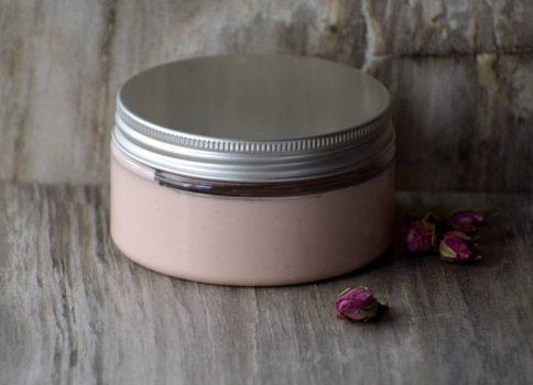 Rózsaszín agyagos arcápoló maszk mályva kivonattal száraz, érzékeny bőrre